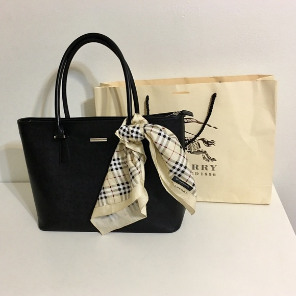 Burberry Handbags - Authentic Burberry Black Leather Tote 13b8f54f06e71
